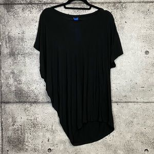 Kit & Ace // Black Asymmetrical T-Shirt